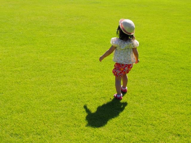 走る子ども